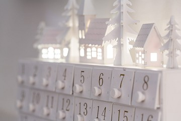 The Leisure Food & Beverage : Top 5 Adult Advent Calendar Ideas to Market Your F&B